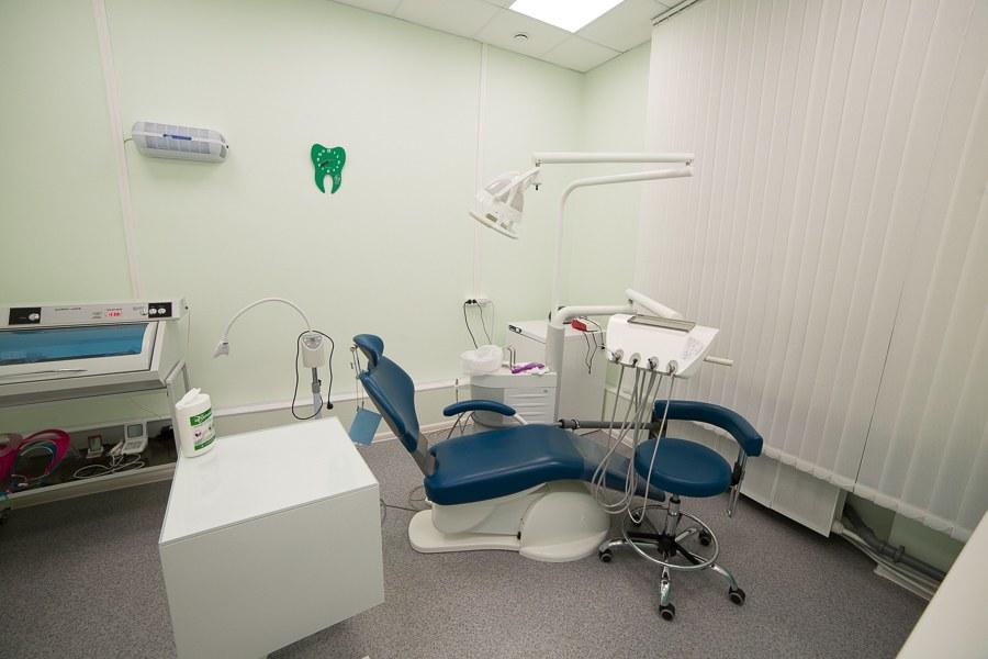 Услуги по лечение зубов, консультации стоматолога