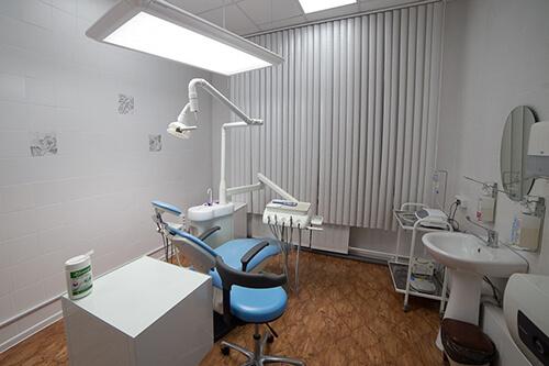Установка зубных коронок в Екатеринбурге